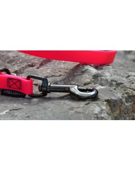 Treusinn Hundeleine STAY neonpink 16 mm, 1.2 m, mit Handschlaufe